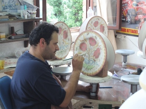 Gabriele, the head painter at Tuscia d'Arte