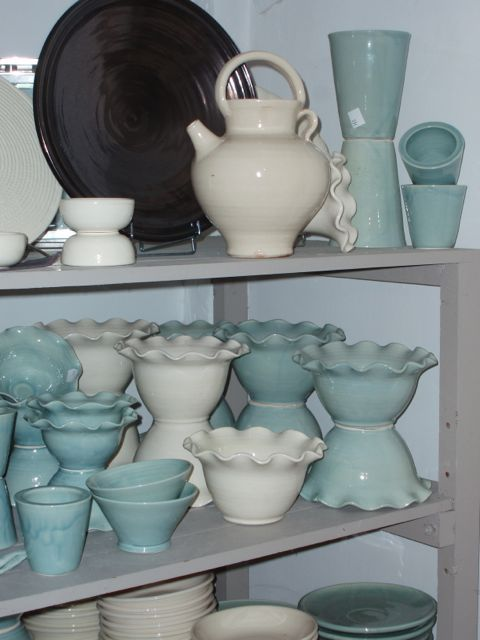 The shelves of Poterie Ravel