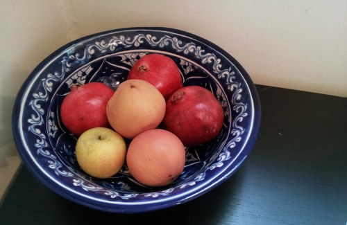 blue and white fruit bowl