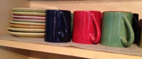 gogo_mugs_plates